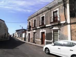Casa pareada en calle Francisco Pizarro, nº 14