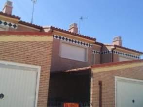 Casa pareada en calle Barrio San Pedro, nº 7