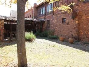 Casa en calle Presbitero-Cerezo
