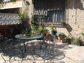 Casa pareada en calle Luis Chamizo