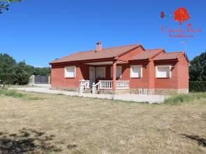 Casa en Fresno de Cantespino