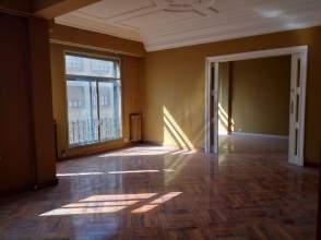 Apartament a calle Miranda