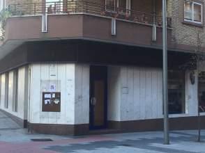 Local comercial en calle Greco, nº 15
