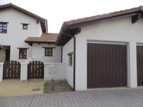 Casa pareada en calle Jaime, nº 35