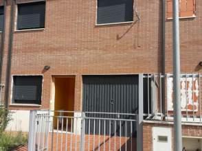 Casa pareada en calle C Burgos