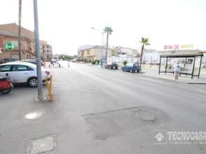 Piso en Zona de San Cayetano-Avenida Cristóbal Colón