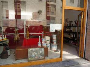 Local comercial en calle Arquitecto Alfaro