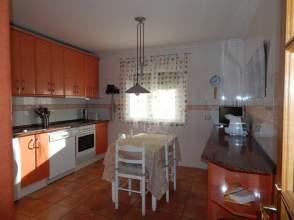 Casa adosada en Torneros - Onzonilla
