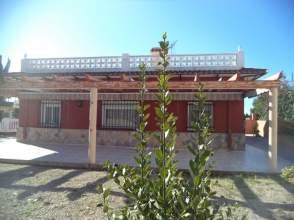 Chalet en calle Aguilas