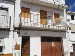 Casa adosada en calle El Pilar