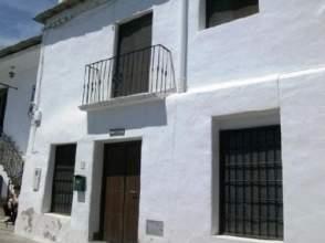 Casa adosada en calle Iglesia, nº 15