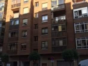 Piso en calle Pintor Clemente Arraiz, nº 6