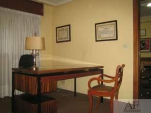 Oficina en calle Garcia Barbon