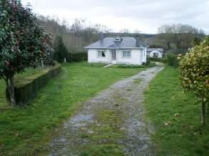 Casa en calle San Pedro de Calde