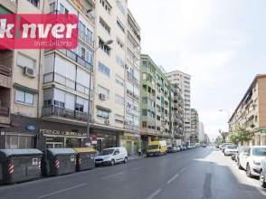 Piso en calle Arabial