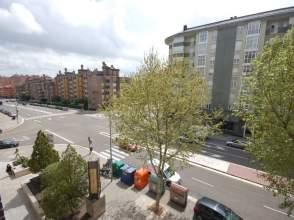 Garaje en calle Hernando de Acuña,29