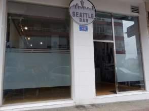 Local comercial en calle Juan XXIII, nº 5