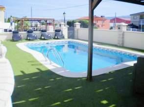 Casa en Urbanización El Puntal, Avda de los Almendros, nº E1