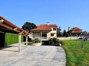 Casa en calle Rúa Escultor Acuna, nº 36003