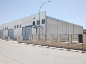Nave industrial en calle Cordoba, nº 2