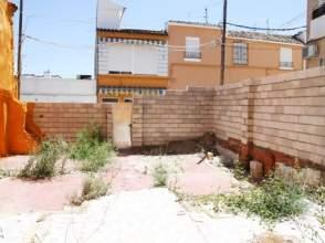 Terreno en calle Cortes
