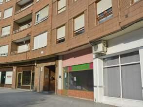 Local comercial en calle Vicente Regueral -