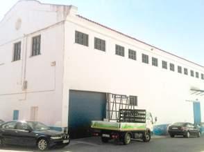 Nave industrial en Avenida Reina Sofia Polig.Cepansa, nº 4