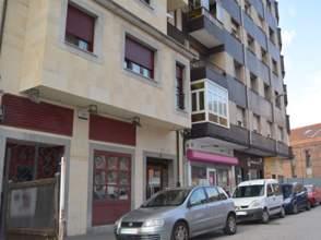 Local comercial en calle Julian Duro, nº 4