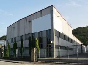 Nave industrial en calle Polígono Riaño II Parc.39 y 45 en Riaño, nº 45