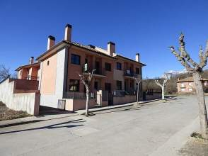 Chalet en calle Ribagorza