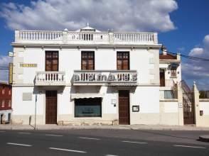 Chalet en calle Gabriel y Galán, nº 6