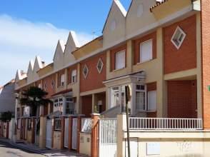 Casa adosada en Arroyo de La Encomienda