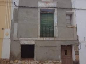 Casa adosada en calle Muntadas, nº 142
