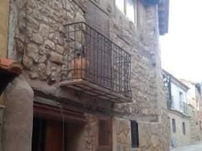 Casa en calle Puebla de San Miguel