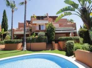 Casa pareada en Bahia de Marbella