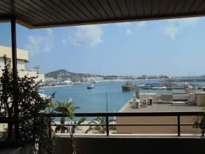 Piso en Dalt Vila-La Marina