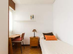 Habitaciones en ciudad universitaria 28040 en alquiler for Renta de cuartos en ciudad universitaria