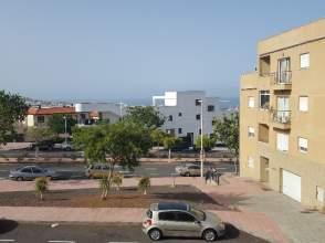 Apartamento en calle San Borondon