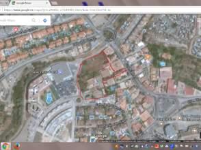 Terreno en calle del Jardín Valenciano
