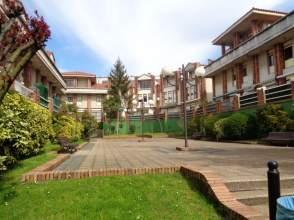 Casa adosada en calle Alberico Pardo
