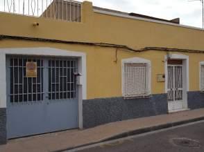 Casa adosada en Próxima Al Centro