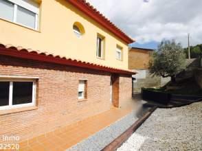 Casa unifamiliar en Avenida Tarragona, nº 1