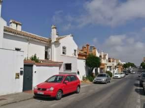 Casa en Avenida Pez Espada
