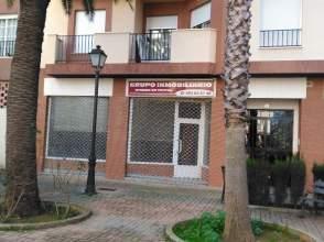 Local comercial en Paseo Linarejos, nº 56