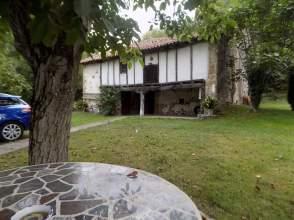 Casa rústica en Avenida Santa Olalla