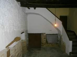 Casa adosada en calle Castillo