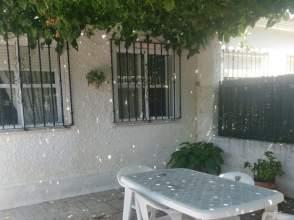 Chalet pareado en Casas de Medina