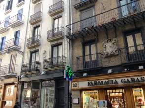 Piso en calle Chapitela