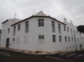 Piso en calle Canarina,  2