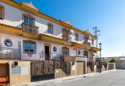 Casa adosada en calle Transversal Luna